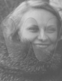 Ahnenbilder/Maupils/Perrouelle denise1916.png