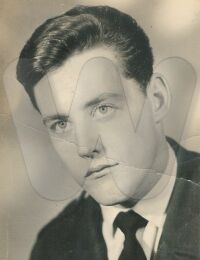 Ahnenbilder/Catois/1965 Catois Jacques Passport.jpg