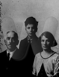 Actes/USA/California/San_Francisco/1924-03-07 p Charles August Rauhut + Bertha + Herman Carl San Francisco CA.jpg
